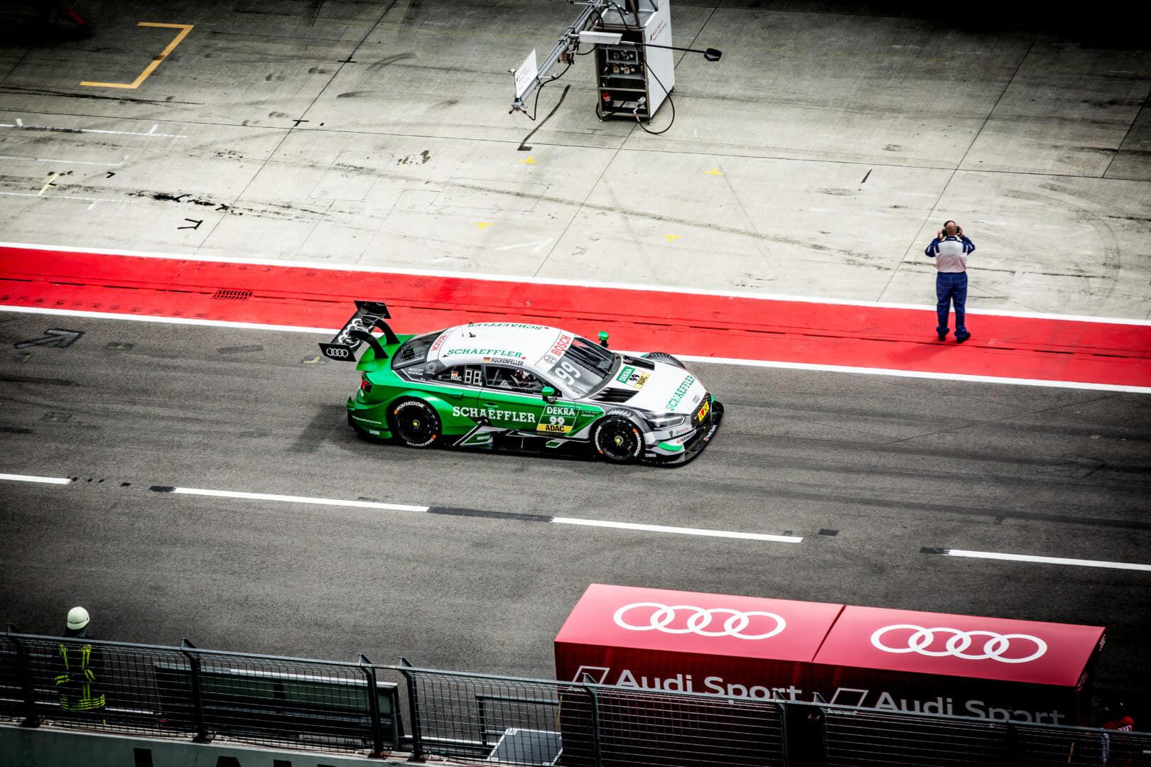 DTM Auto Audi auf der Rennstrecke