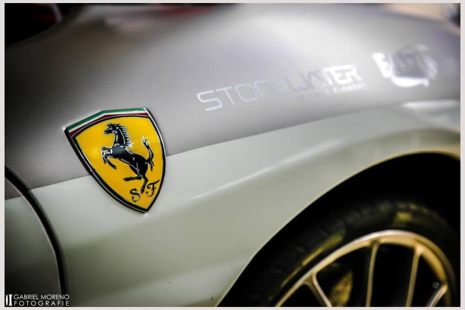 Renntaxi Ferrari